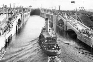 1913年9月のパナマ運河